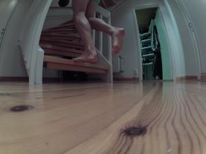 Excentriska tåhävningar med böjt knä